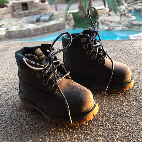 timberland Shoes   Size 4 Kids Boots